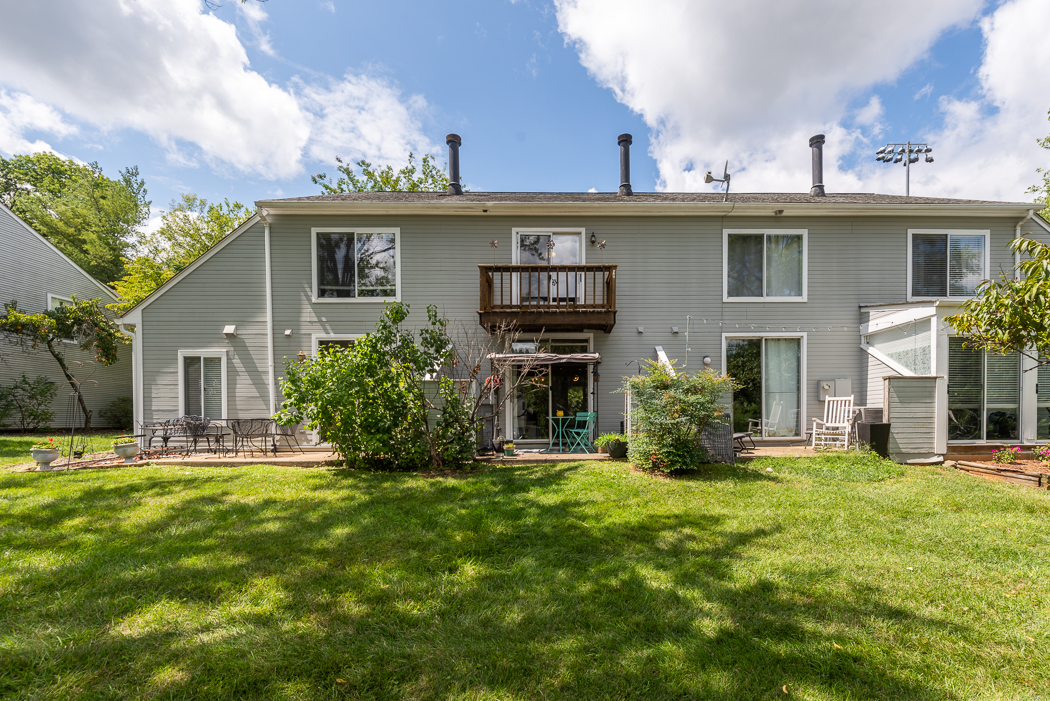 27MapleViewDr